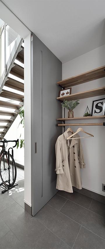 便利な収納 玄関のコートハンバー 高気密・高断熱の家 長浜市 彦根市 住宅 新築