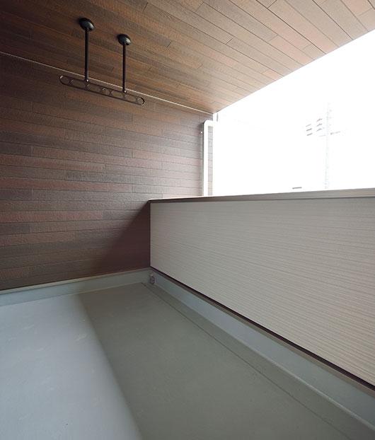 ベルデア モデルハウス 庇が深い広めのベランダ  長浜市 彦根市 住宅 新築 フィアスホーム彦根店