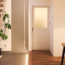 フィアスホーム彦根店 ベルデア モデルハウス シンプルな白い引き戸 高気密・高断熱の家 長浜市 彦根市 住宅 新築